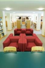 des sièges, des options, des étagères, la conservation, la bibliothèque