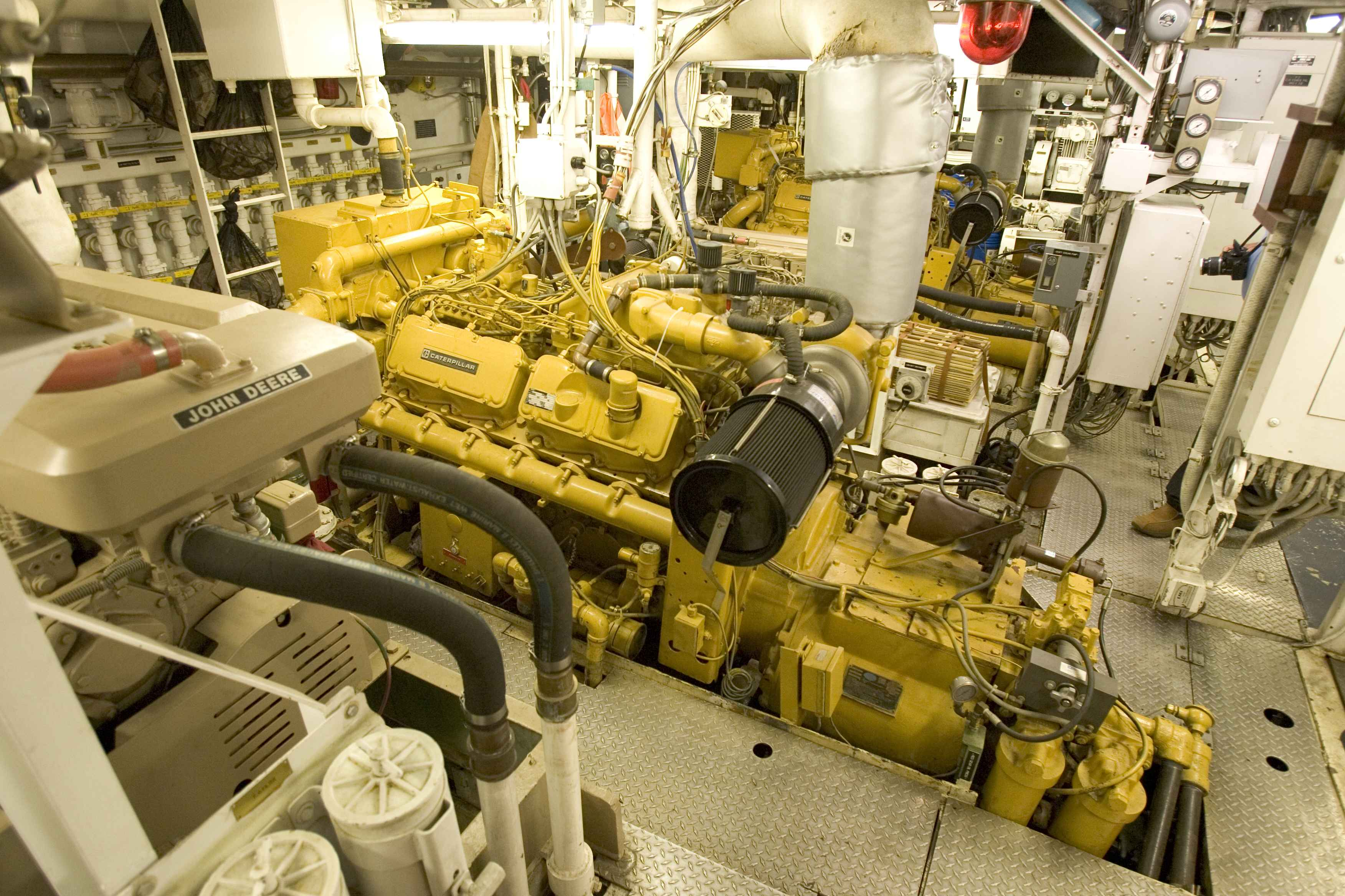 Free Picture Ship Engine Room