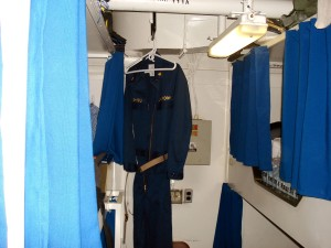 tight, spaces, man, cabin, officers, berthing, Kearsarge