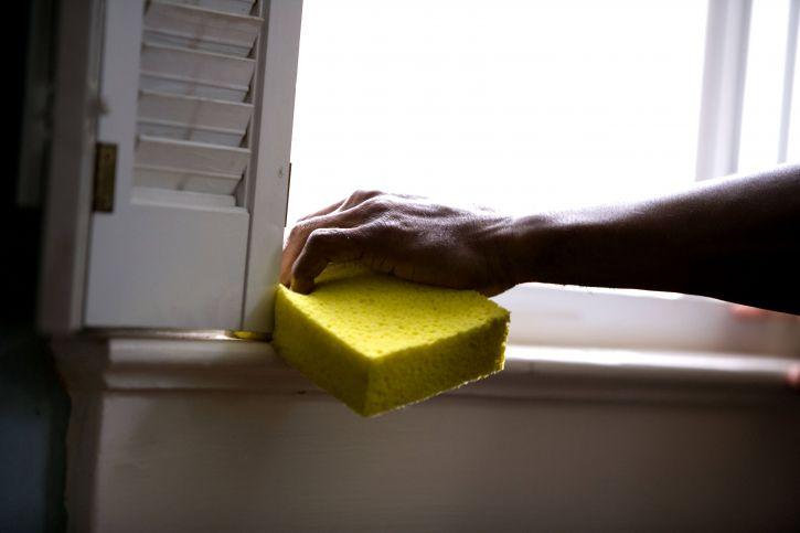 African American, człowiek, przygotowanie, okno, Strona główna, ogólne, czyszczenie