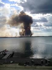 fumée, colonne, lac