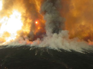smoke, rises, big, burn