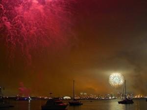 Baía de fogos de artifício, San Diego, em quarto lugar, de julho de