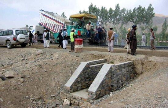 laying, asphalt, culvets, Kabul, Kandahar, road