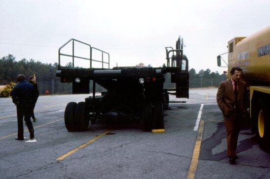 photograph, showed, loading, device, move, mobile, quarantine, facility