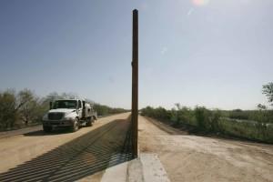 refuge, frontière, mur, camion