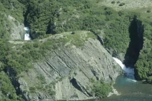 แม่น้ำ ทรู แคนยอน น้ำตก