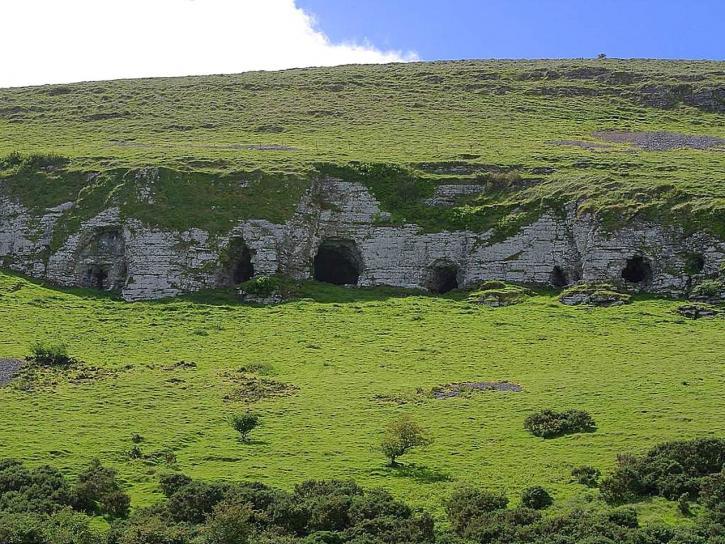 keshcorran, caves, cliffs