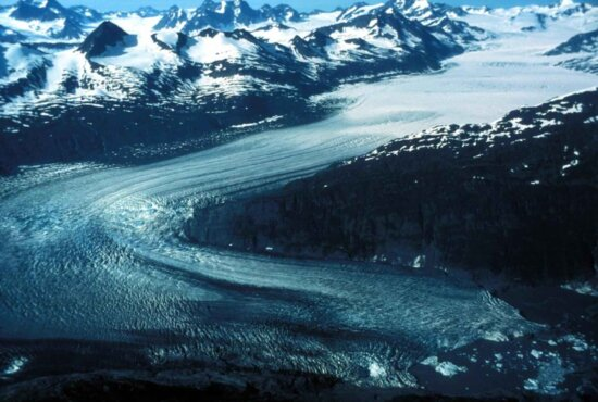 aerial, tidewater, glacier, medial, lateral, moraines