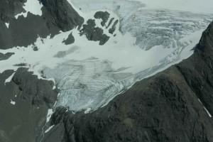 snow, going, down, glacier, peaks