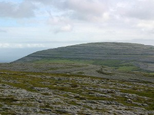 Burren, nuages, montagnes, collines
