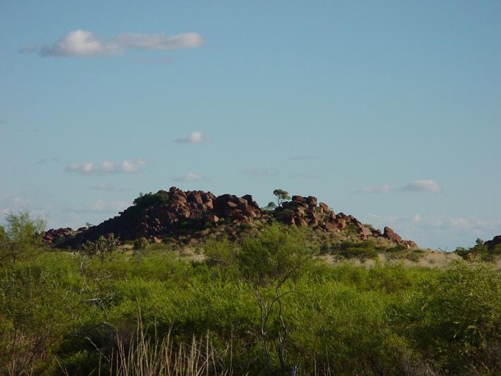 collines, rochers, champ, herbe