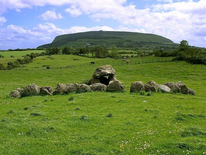 knocknara, form, carrowmore, tombs