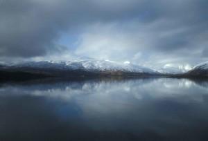 brumeux, nuages, reflété, lac