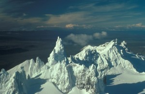aghileen, pinnacles หนาว roundtop, isanotski, shishaldin
