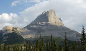 пік, Канадський, Скелясті гори