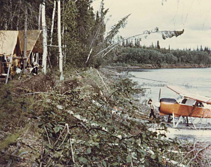 rivier, camp