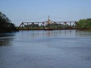 floden, översvämning, bro