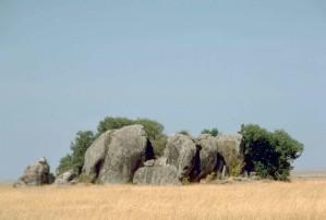 kopjes、セレンゲティ国立公園、タンザニア、アフリカの風景します。