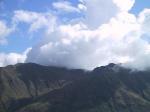 เมฆ ลอยตัว ภูเขา
