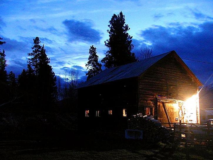 nuit, granges, nuages