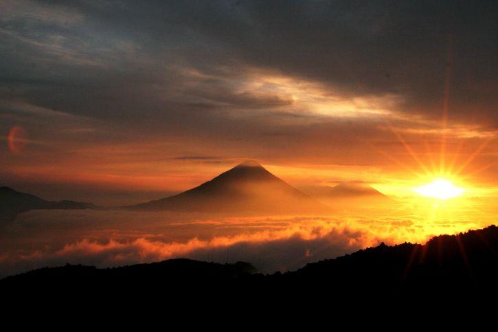 gyönyörű, Napkelte, vulkánok, Guatemala