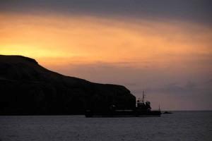 brod, olupina, zalazak sunca