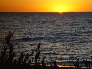 coucher du soleil, île