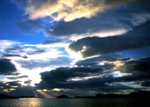 zalazak sunca, zraka, kroz oblake, nebo