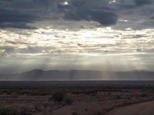 obrázku, slnko, svietiace oblaky