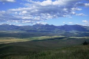 Cloud, tieňovaný, valley, rozptýlené, farmy, obrovské hory