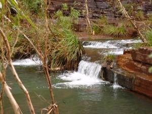 tiny, falls, stratum, fortescue, falls