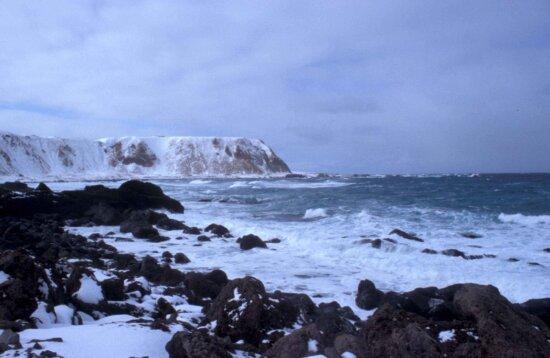 landscape, sea, waves, hitting, rocks, snow