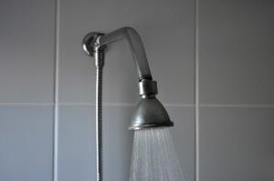 salle de bains, douche, eau chaude