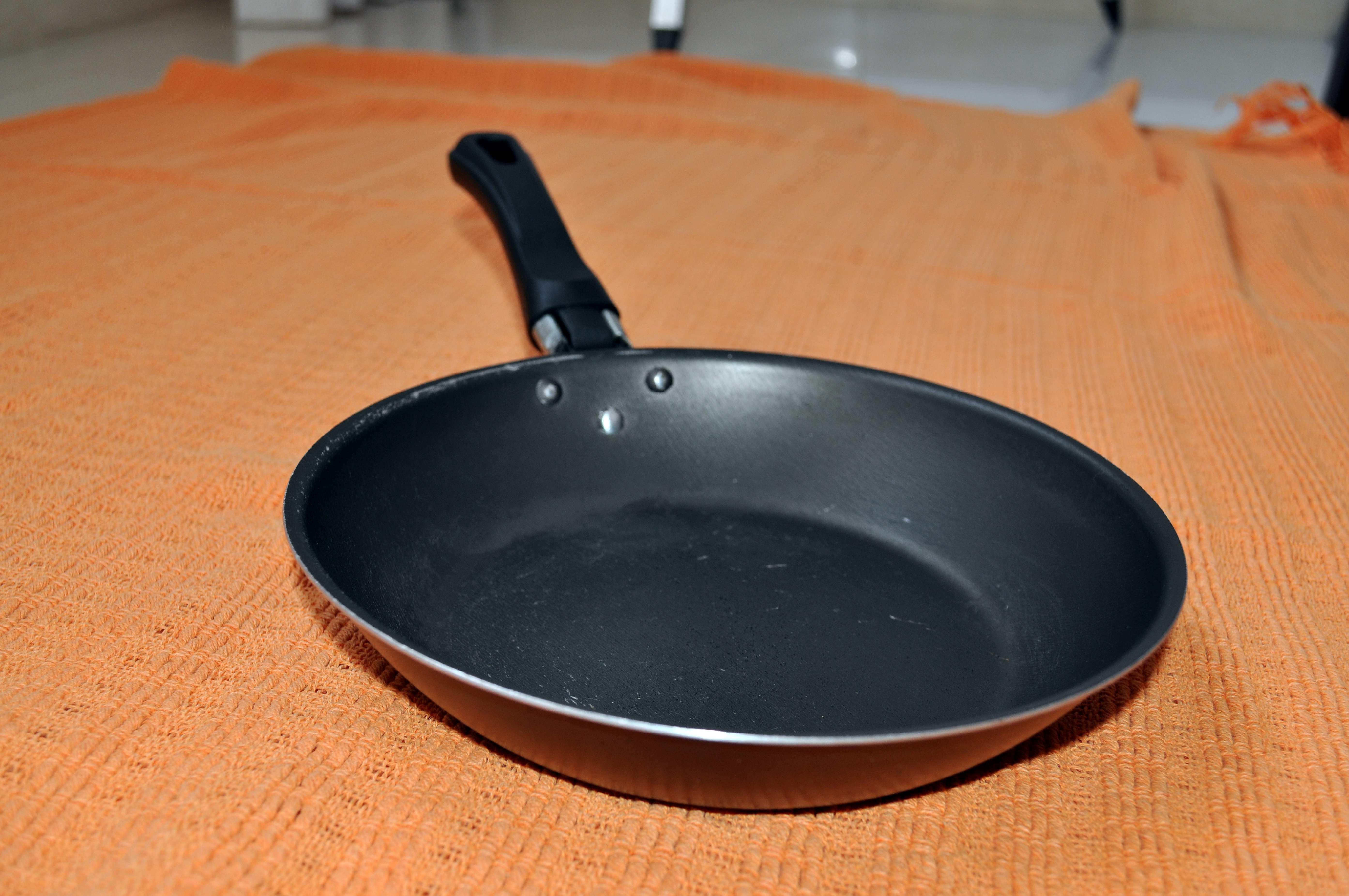 Free photograph; black, kitchen, baking, pan