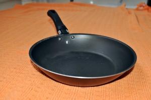 čierna, kuchynské, panvice, pečenie
