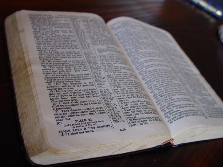 sainte bible, livre, christianisme