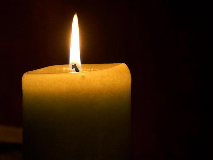 svíčku, plamenem