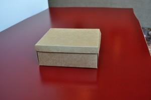 carton, boîte, table
