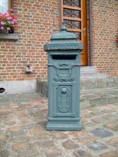cast, mailbox