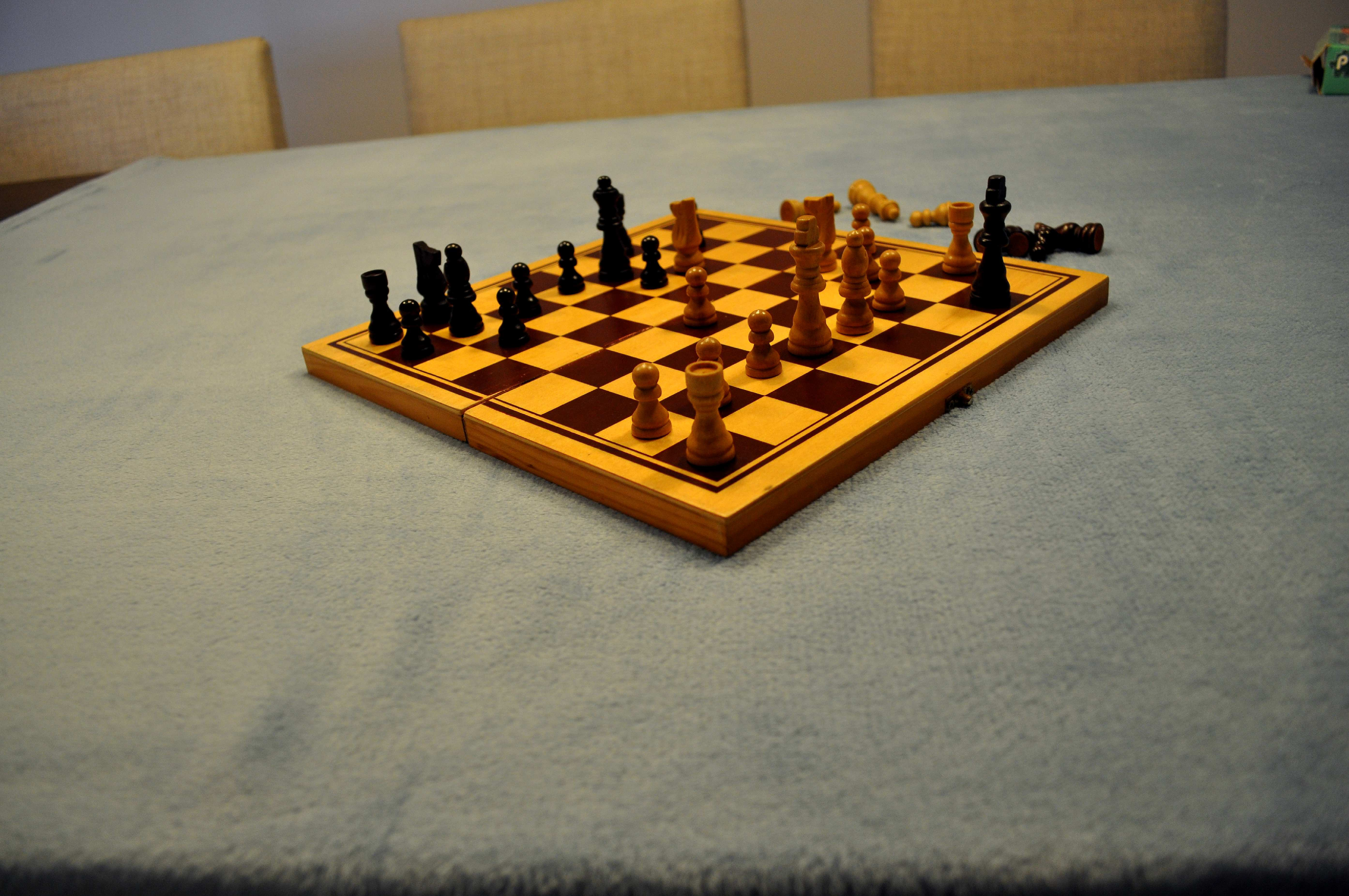 Free photograph; chessboard, table