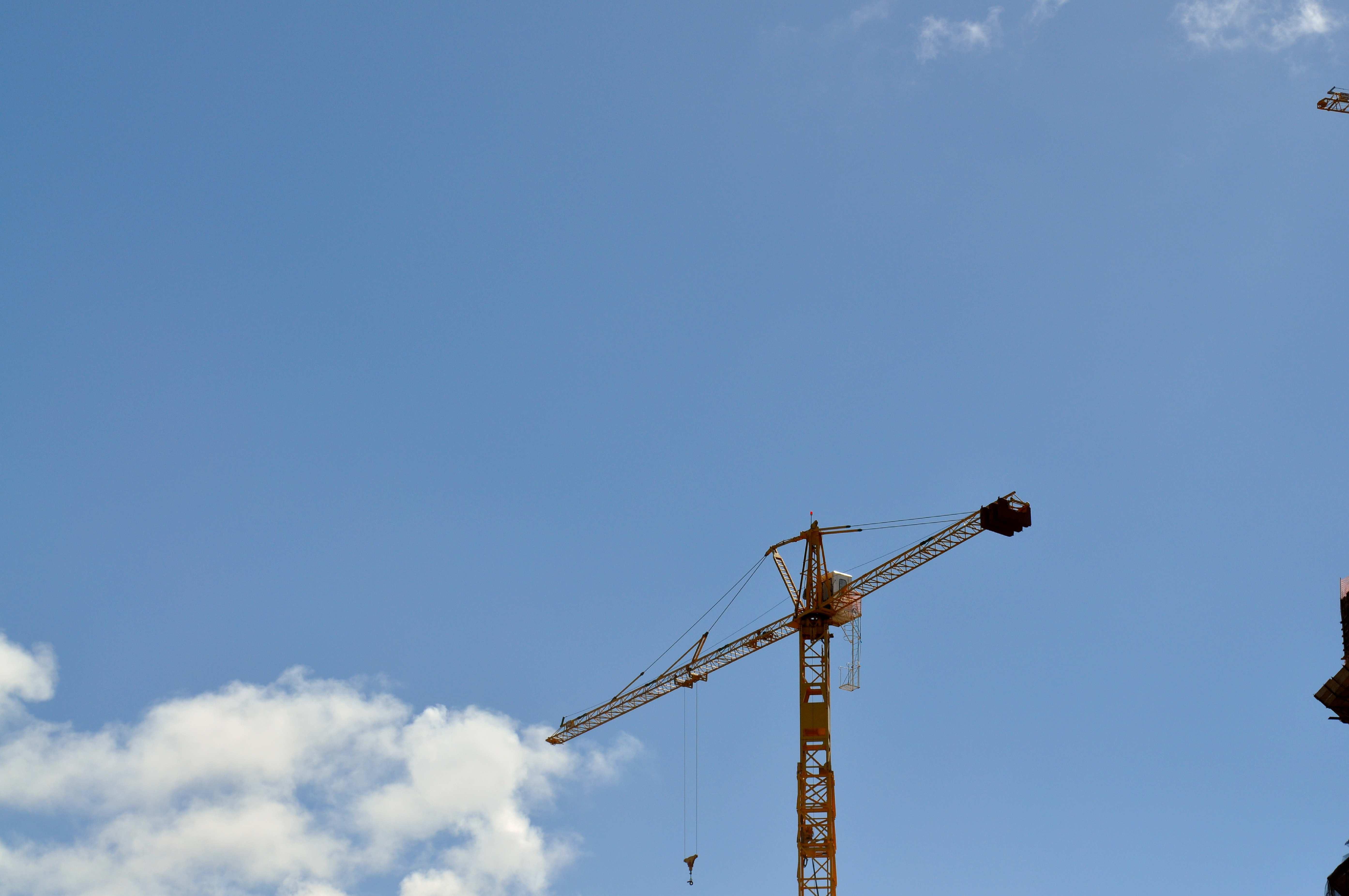 Free photograph; construction, machinery, crane