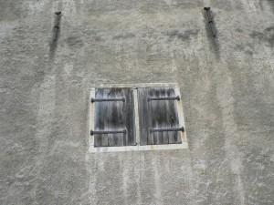 closed window, shutters