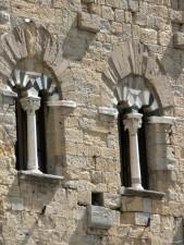 pilier, fenêtres