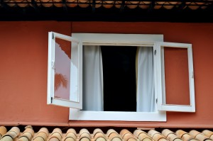 wit, houten, venster, rood, gevel