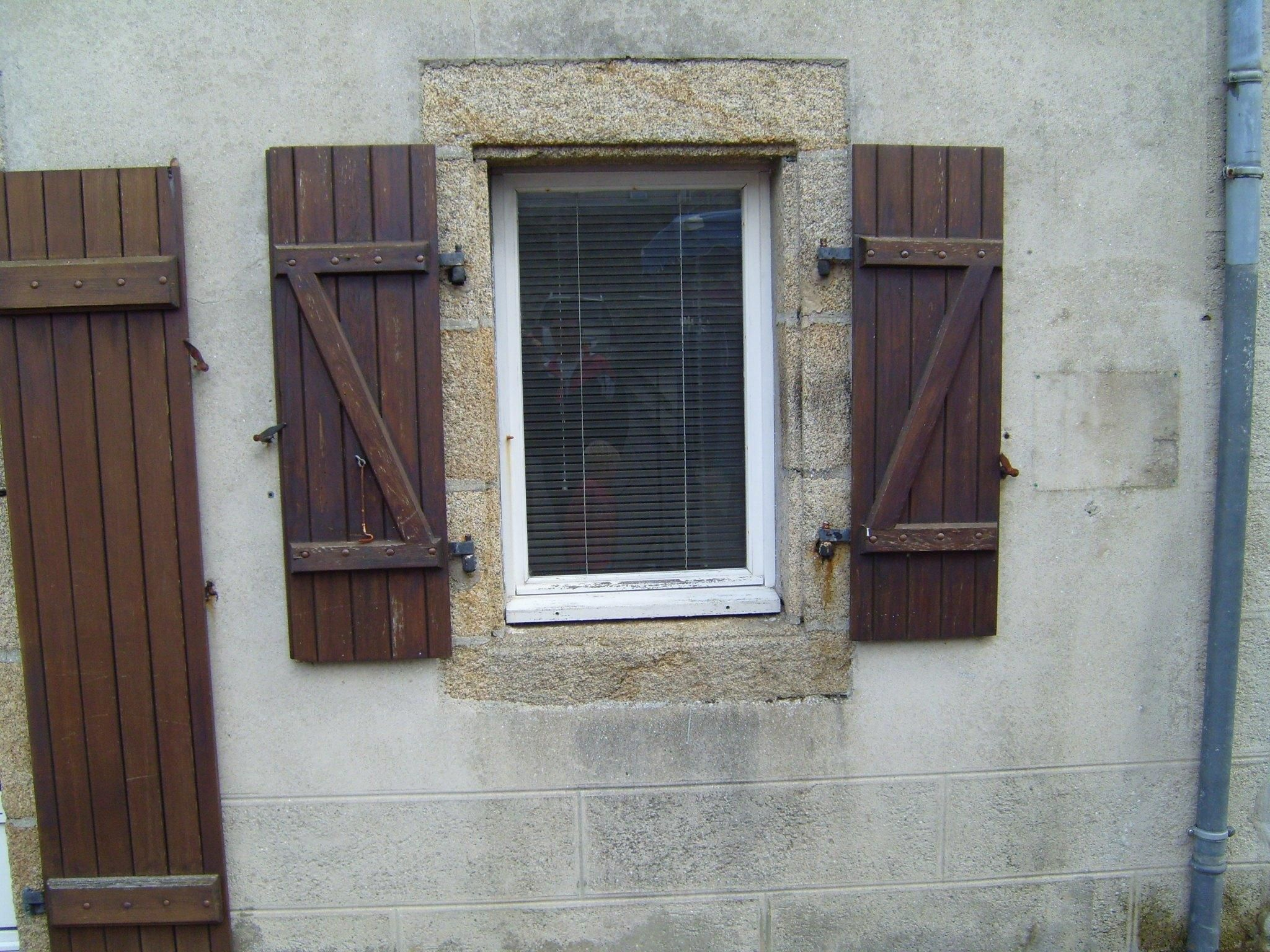 Wooden Doors With Windows Ideas, Design, Pics & Examples ...