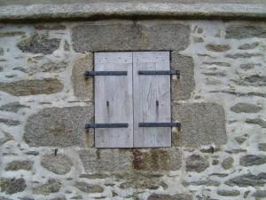 wooden, shotters, window