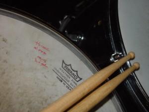 drumsticks, laid, scross, drum
