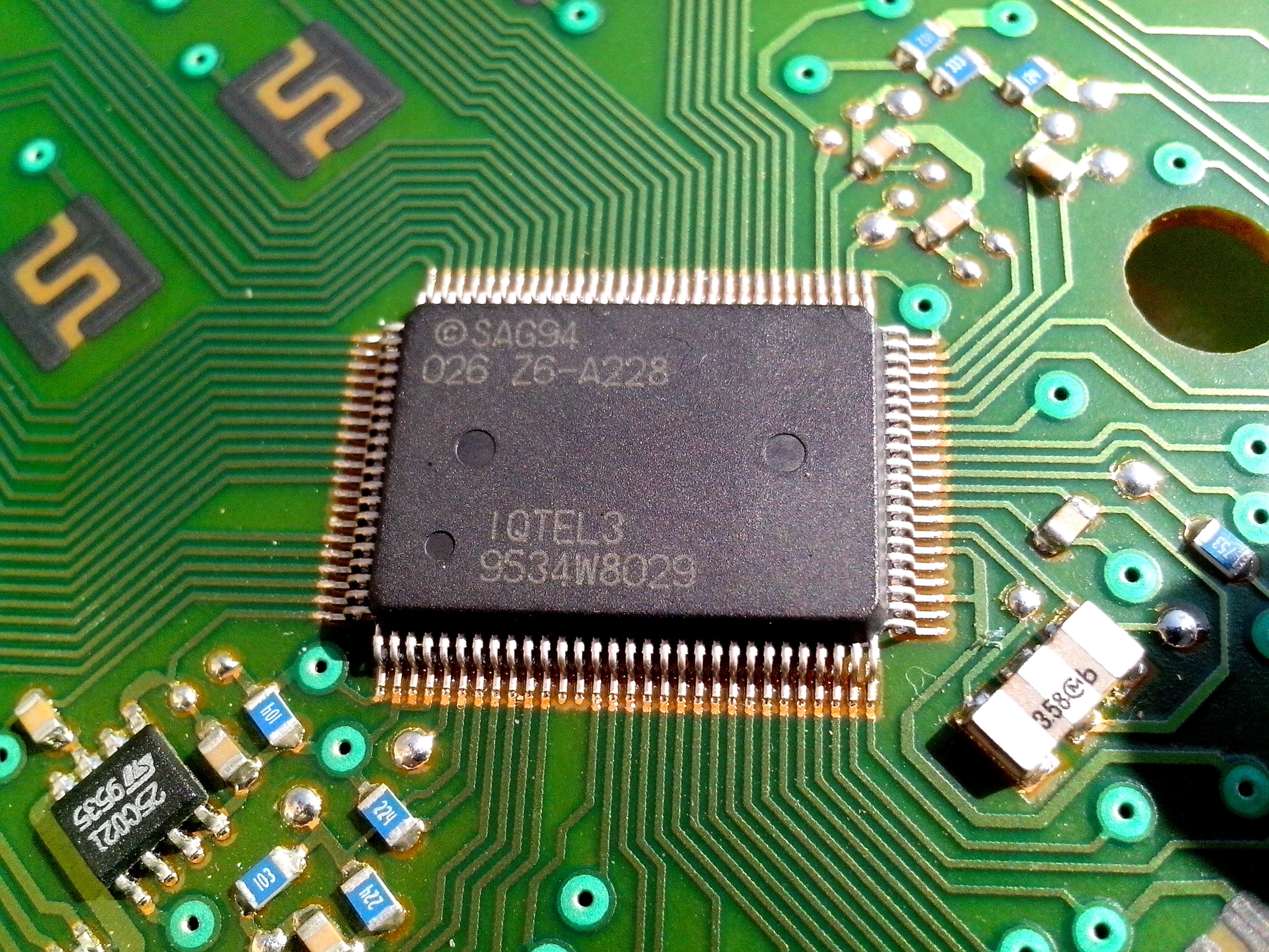 Free photograph; detailed, image, computer, motherboard, integrated, computer, chip