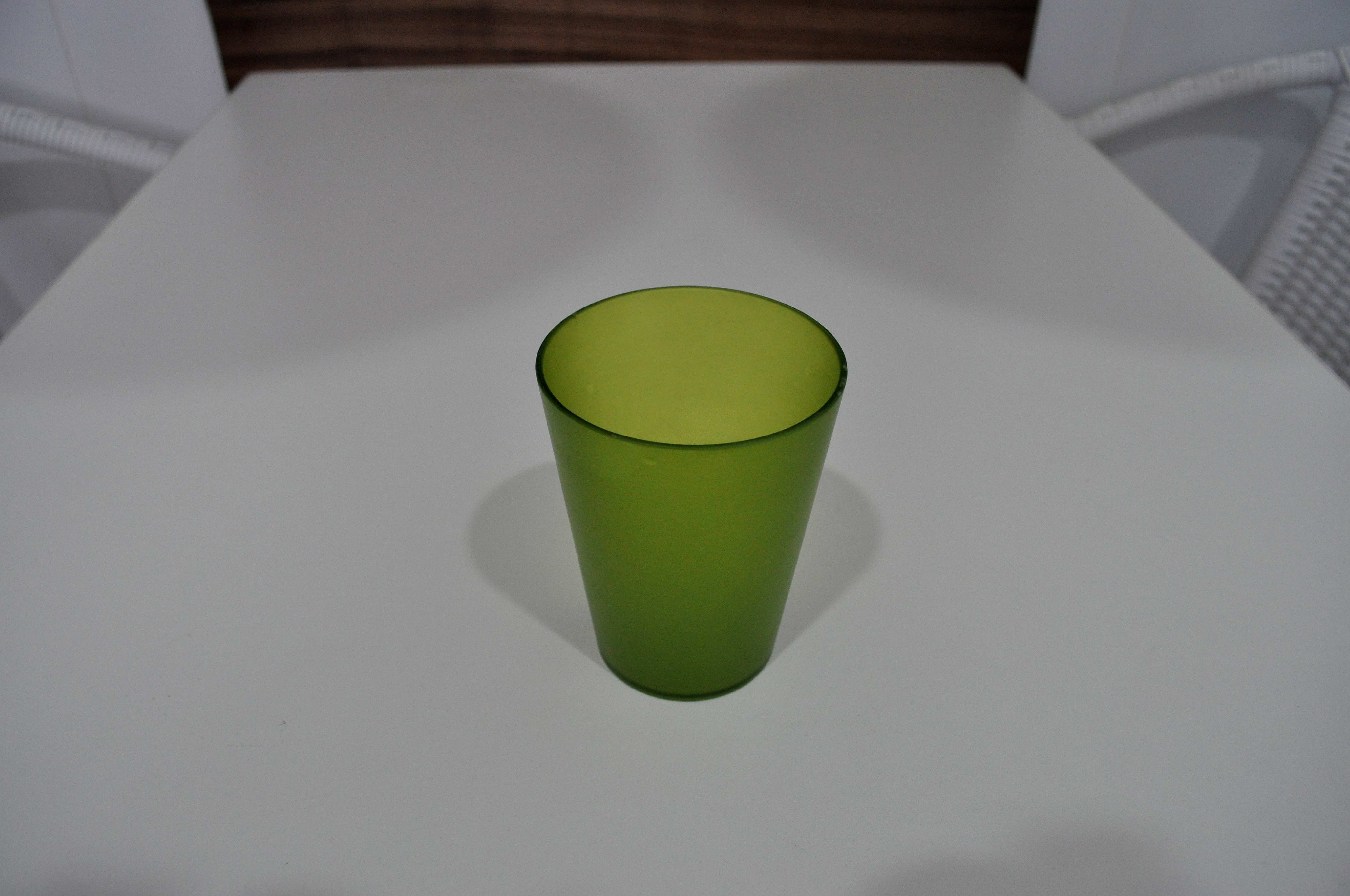 Free photograph; green, glass, cup, white, table